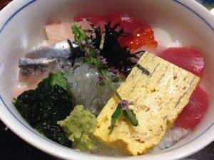 1500円の海鮮丼