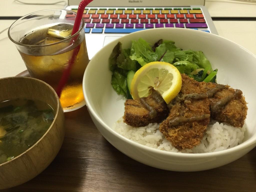 コトノネカフェのくるま麩のカツ丼
